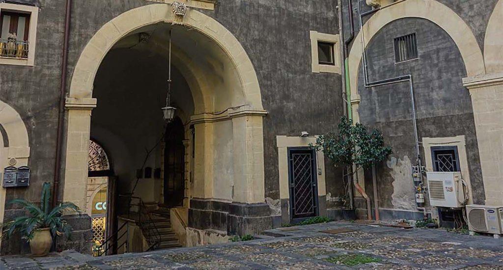 """Palazzo """"Paternò"""" della Porta di Jaci"""