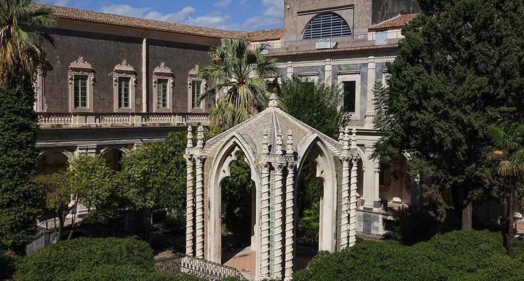Monastero benedettino e chiesa di S. Nicolò l'Arena